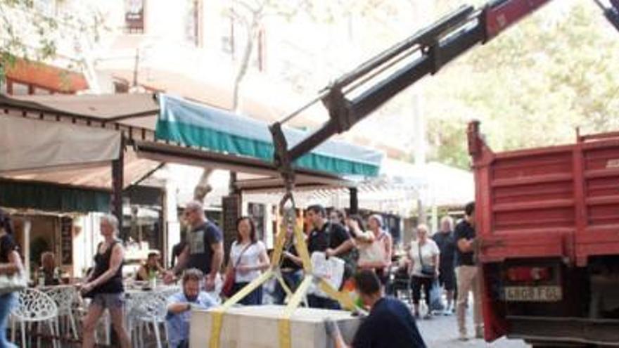 Neue Betonblöcke am Borne und auf Palmas Rathausplatz zum Schutz vor Terror