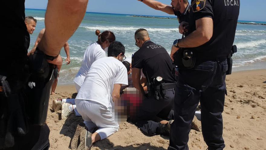 Una joven muere ahogada en el primer día de baño en las playas valencianas