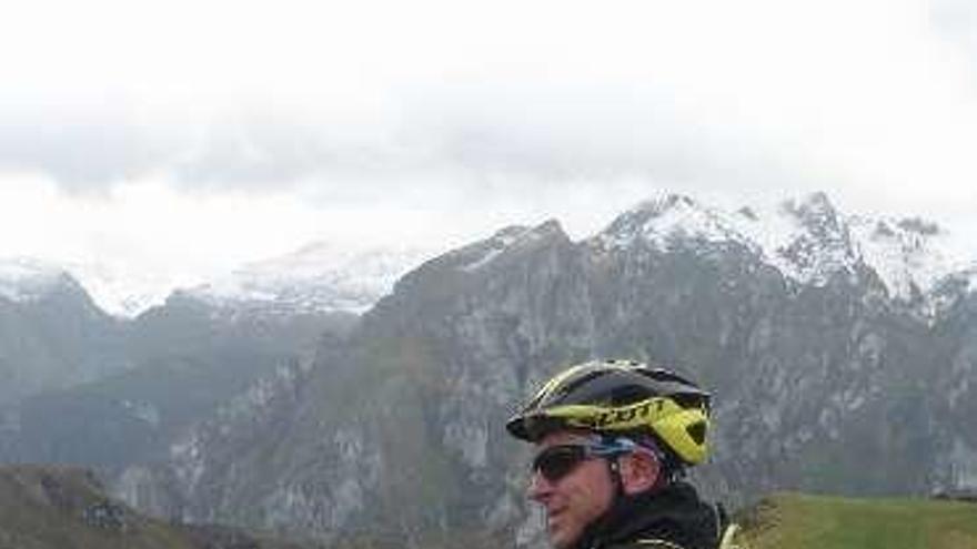 Sierra Perumoru y Robriguero