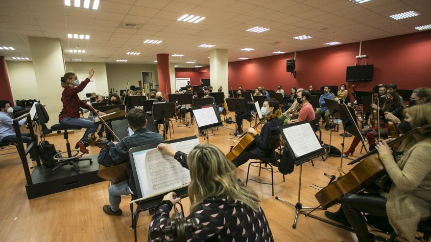 """""""La música no tiene género"""", el lema del concierto homenaje a las mujeres que interpretará Oviedo Filarmonía en el Campoamor el próximo miércoles"""