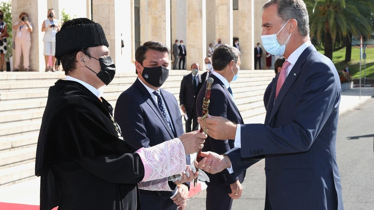 El Rey Felipe VI asiste a la inauguración del curos académico universitario en Córdoba.