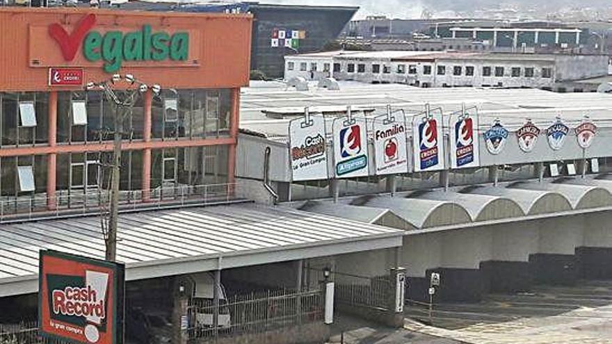 Vegalsa-Eroski rebasa los 6.000 empleados y aumenta un 3% su cifra de negocio