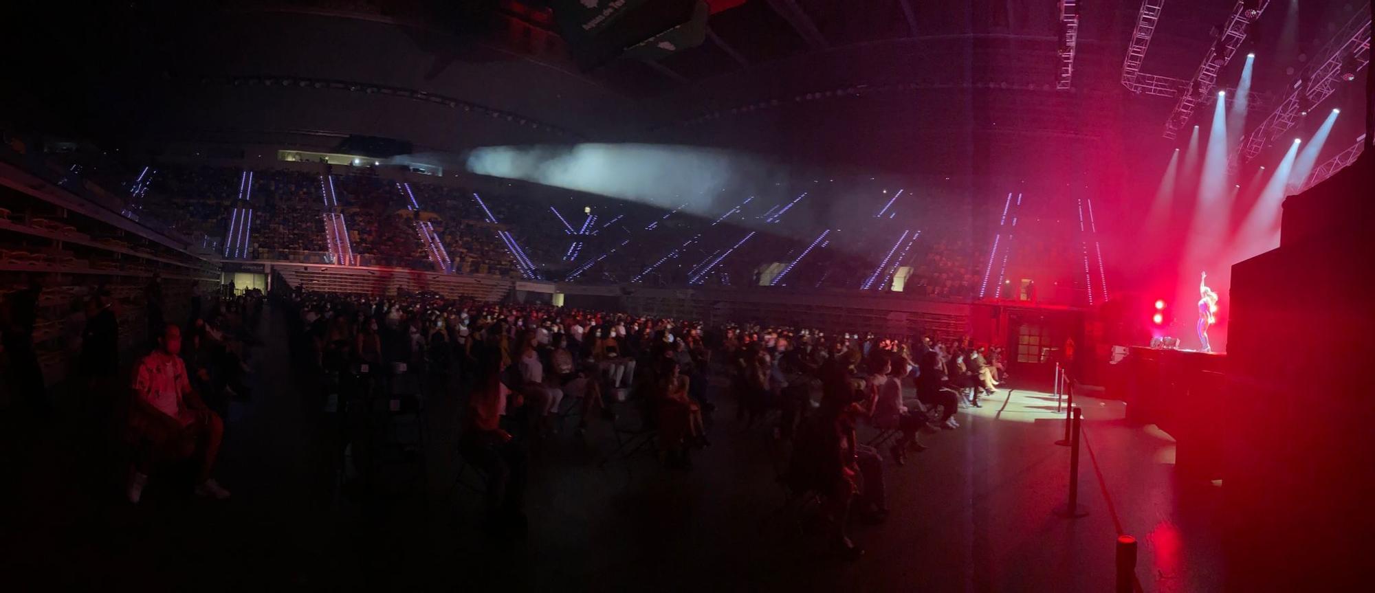 Concierto de Nathy Peluso en el Gran Canaria Arena