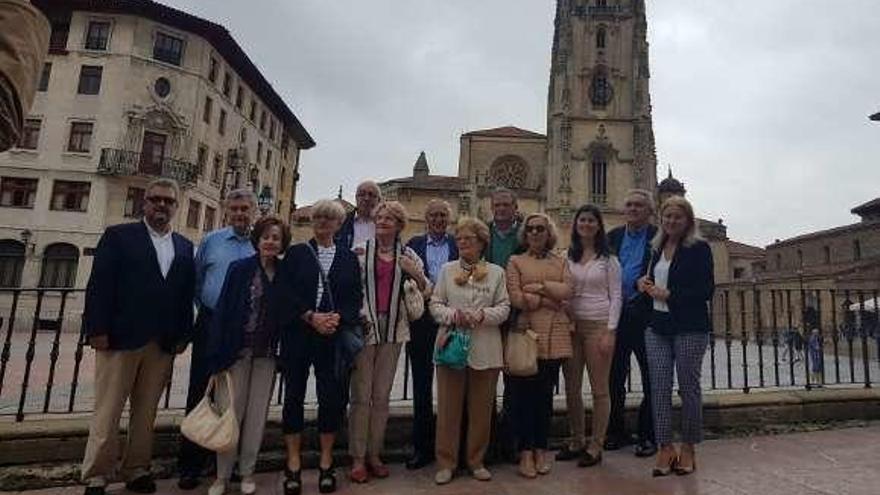 """""""Vetusta, Lancia y Pilares"""" renueva su compromiso con la Catedral"""