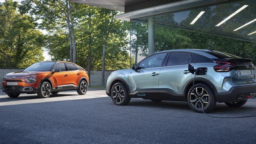 Citroën desvela las primeras imágenes de los nuevos ë-C4 y C4