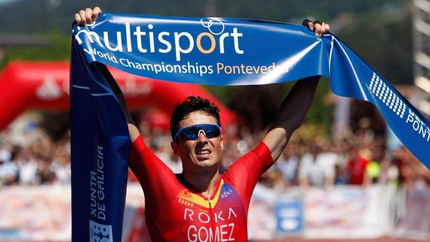 Gómez Noya, campeón del mundo de triatlón de larga distancia