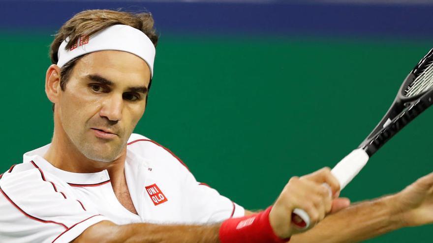 Roger Federer se ha vuelto a operar la rodilla derecha y no jugará este año