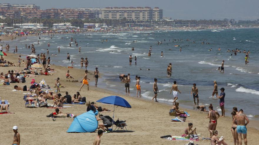 Los expertos alertan de que el confinamiento incrementa el riesgo de sufrir quemaduras solares