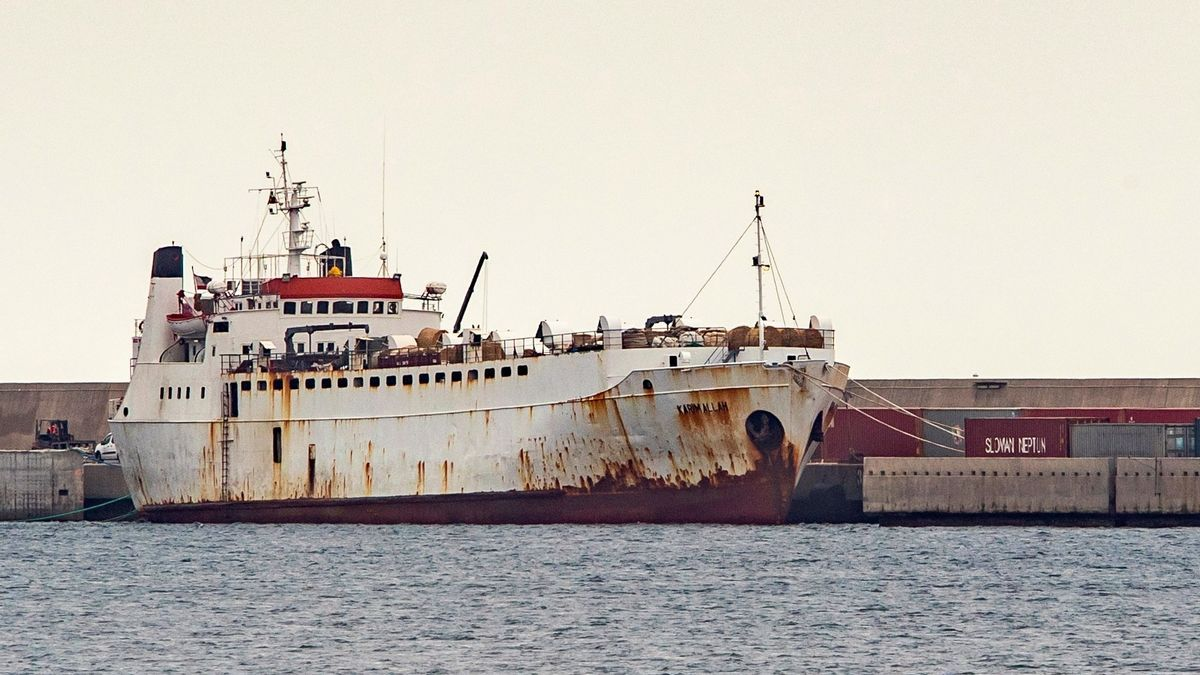 El barco 'Karim Allah', este sábado atracado en el Puerto de Escombreras en Cartagena.