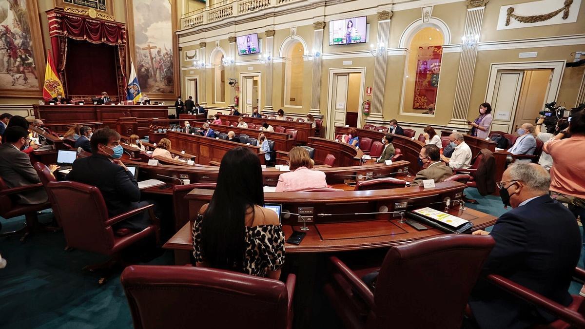 Pleno del Parlamento celebrado este martes
