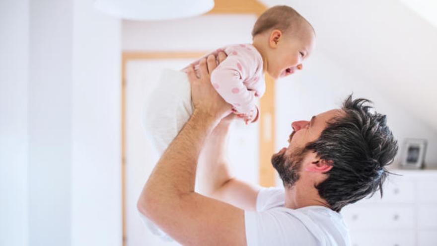 El permiso de paternidad será este año de 8 semanas y en 2021 llegará a 16