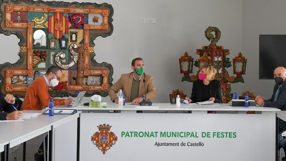 Momento del Consejo Rector del Patronato Municipal de Fiestas.
