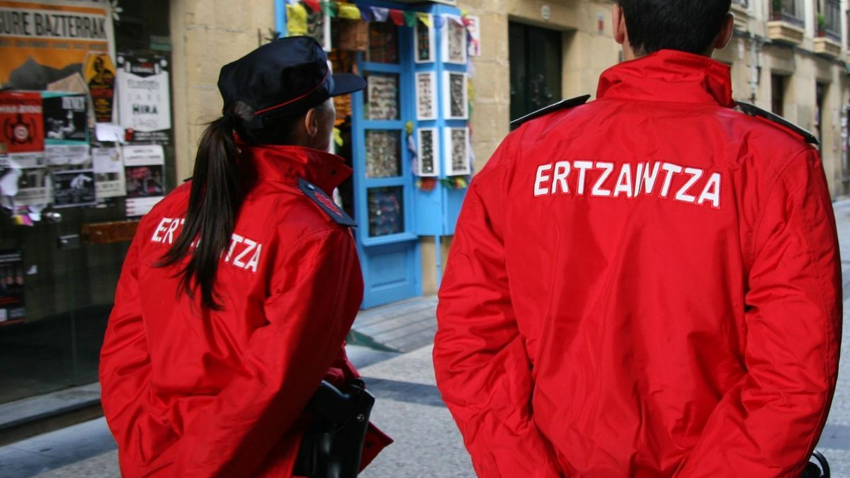 Archive image of the Ertzaintza.