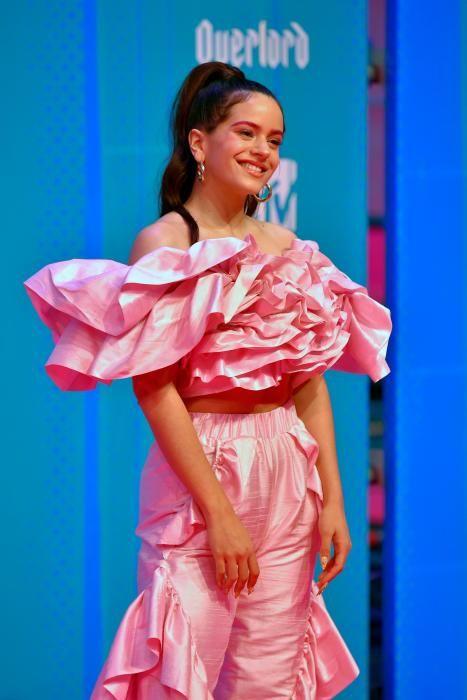 La cantante española Rosalia. (Photo by ANDER GILLENEA / AFP)