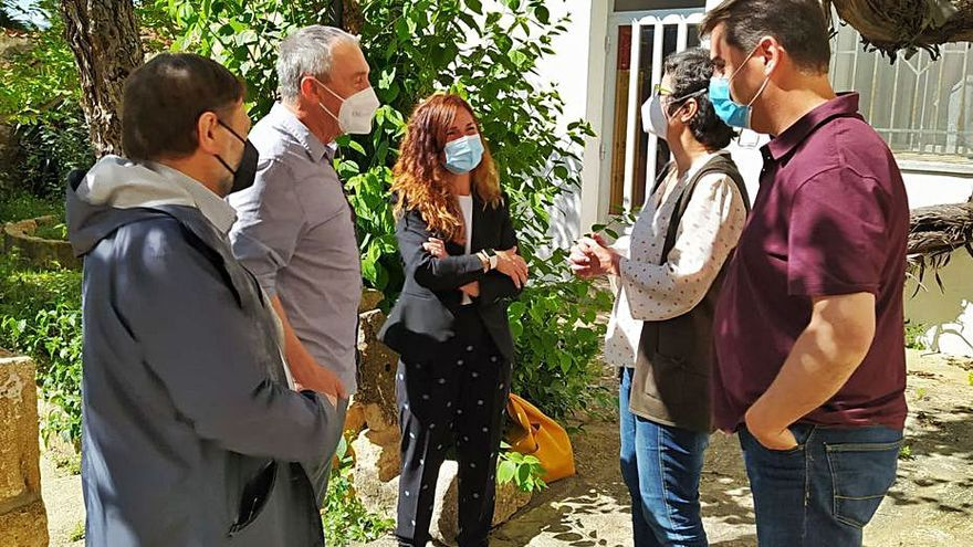 Baldoví apoya la reivindicación contra las plantas fotovoltaicas