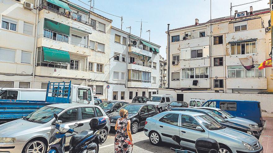 Benidorm adjudica la rehabilitación de la plaza Antonio Bayona, que ahora se usa como aparcamiento
