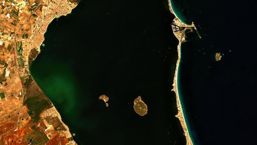 Imágenes de satélite muestran el estado del Mar Menor