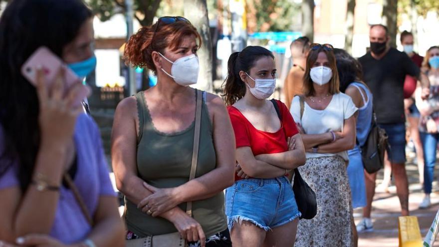 La Generalitat también hará test masivos en Santa Coloma y Vilafranca del Penedès