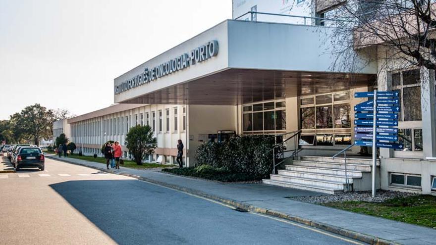 La autopsia descarta el efecto de la vacuna en la muerte súbita de la sanitaria portuguesa