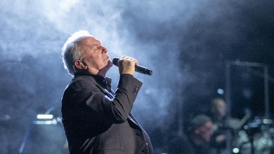 Aplazados los conciertos de Víctor Manuel en las Islas al mes de octubre