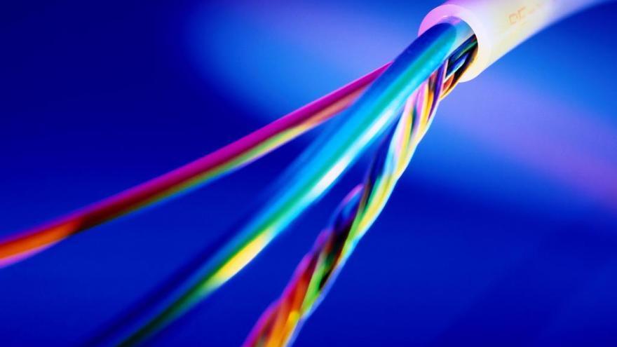 Telefónica extiende su fibra óptica hasta 700.000 hogares en Alicante