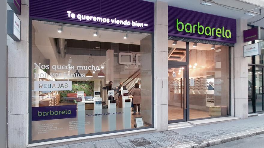 Óptica Babarela cumple 50 años en Málaga