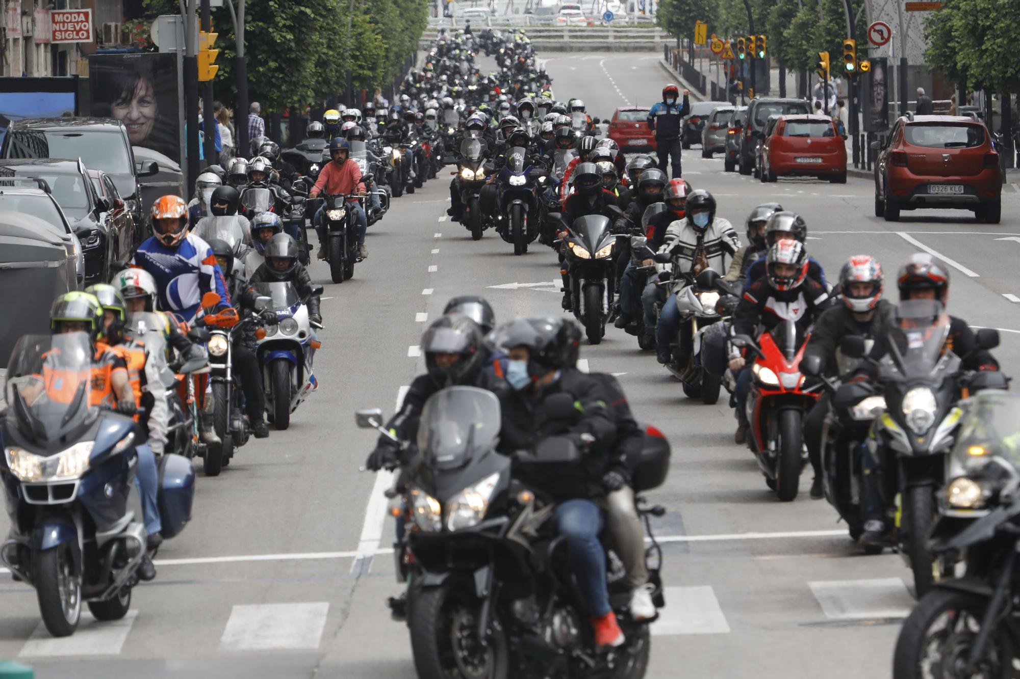 Concentración motos en Gijón