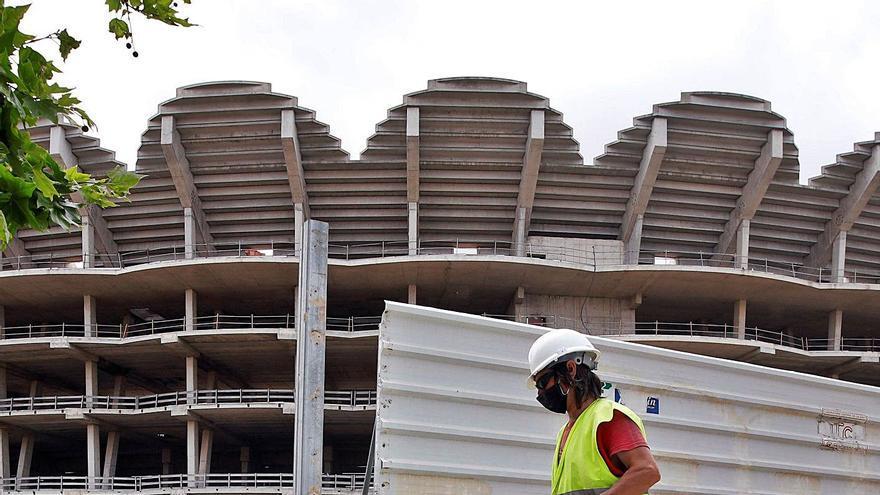 El informe jurídico del ayuntamiento rechaza prorrogar la ATE de Mestalla