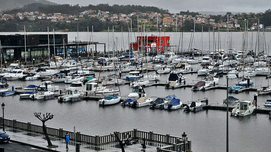 Una frustrada operación de compra del puerto deportivo de Combarro acaba en los juzgados