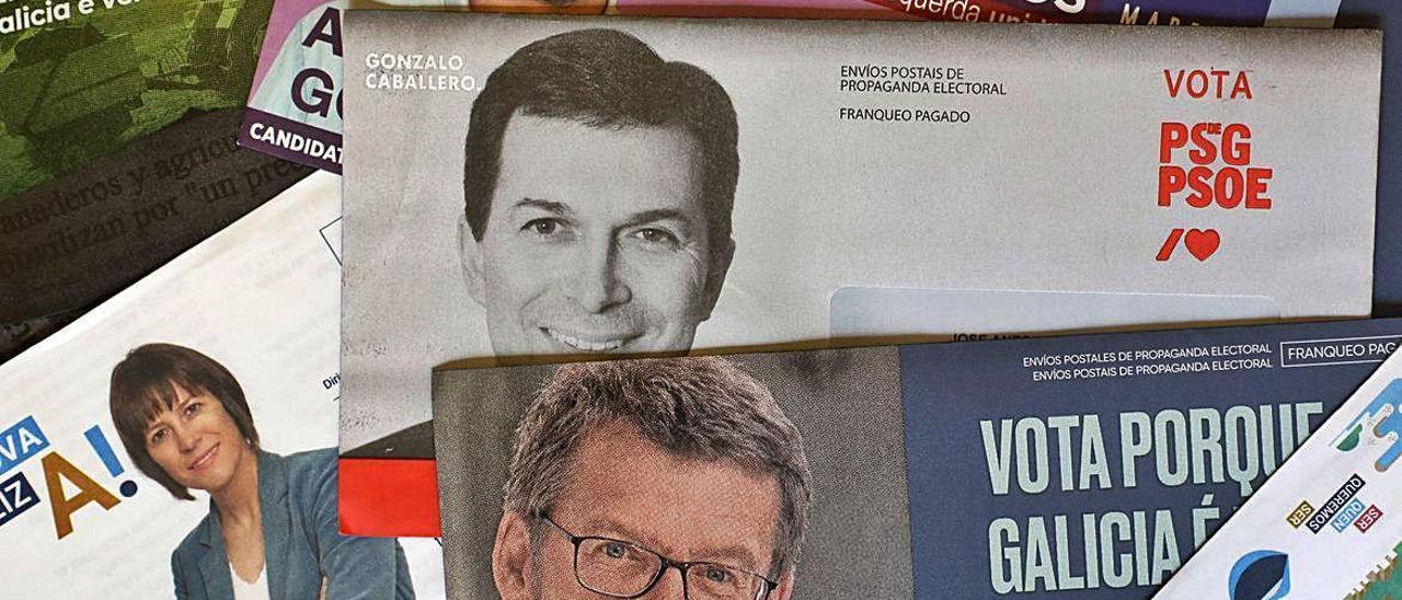 Propaganda electoral que enviaron los partidos.