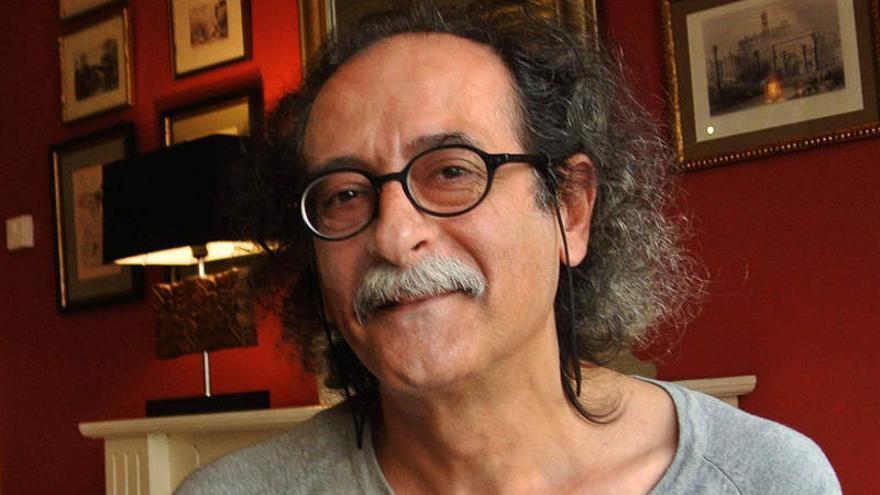"""Carlos Álvarez: """"En el siglo XXI está triunfando la novelística del XIX"""""""