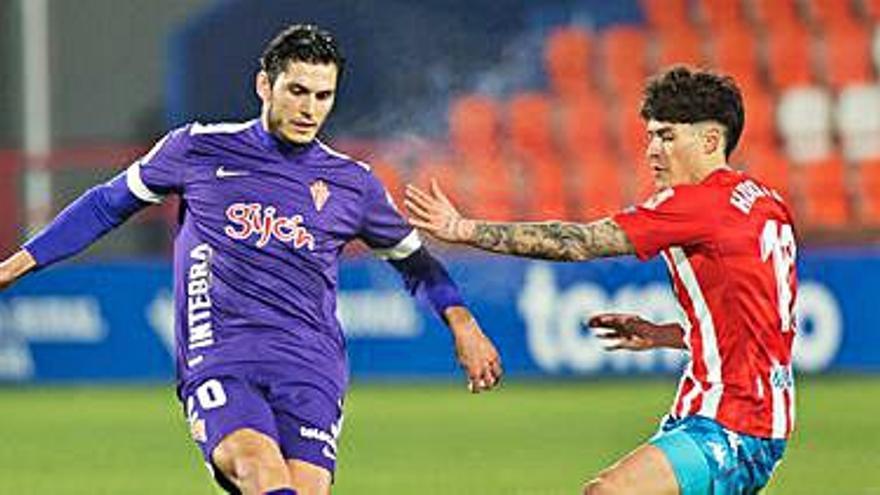 El Huesca reconoce su interés en Cristian Salvador.