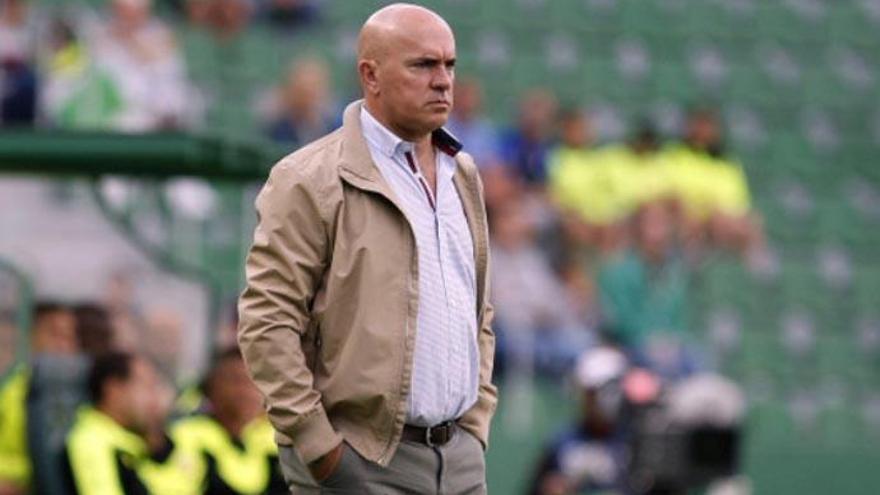 Sampedro firma el peor estreno de un entrenador del Tenerife desde 1999