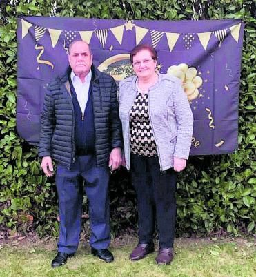 Paulino y Pilar en la celebración de sus bodas de oro, en 2021. | Ch. S.