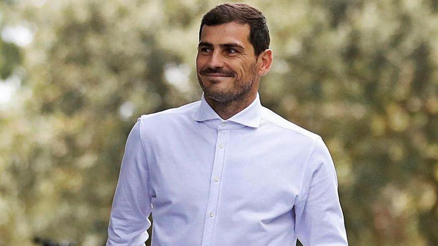 Luis Rubiales cita a Iker Casillas el 17 de agosto