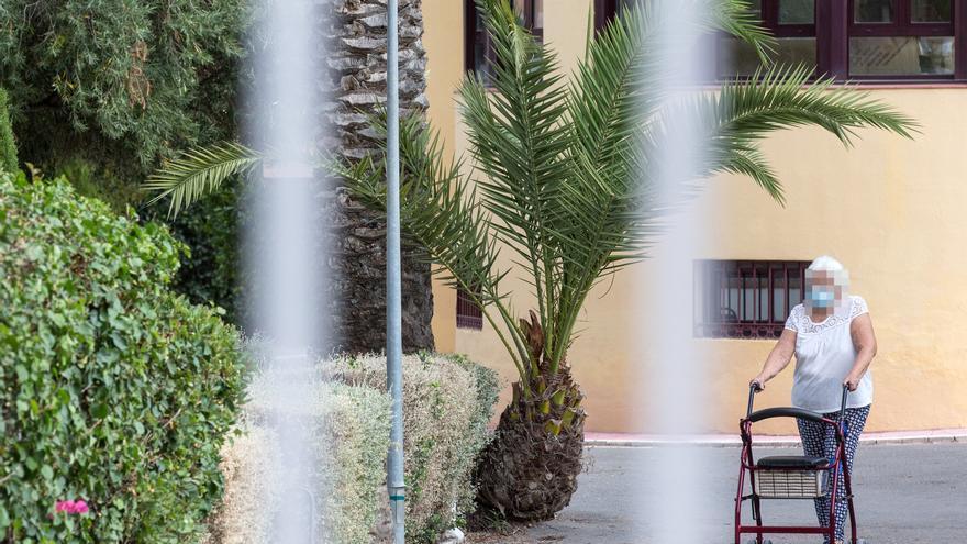 Once residentes fallecen en el geriátrico Casaverde de Pilar de la Horadada en un mes