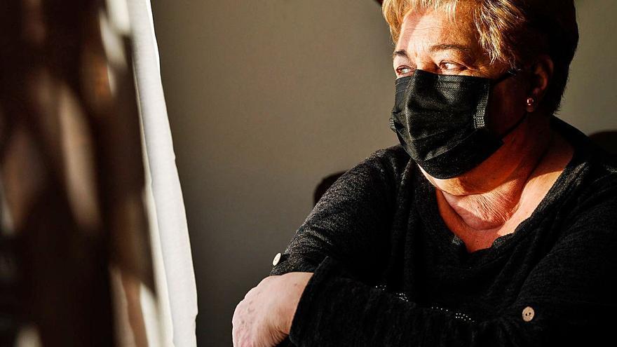 """El crudo testimonio de una asturiana que rozó la muerte por Covid tras mes y medio ingresada: """"No sabéis el infierno que hay en la UCI"""""""