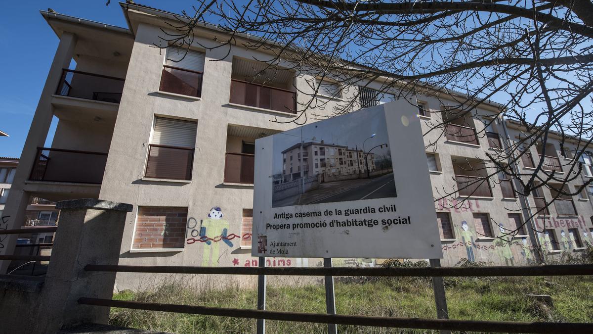 Hi havia un projecte per a l'edifici de l'antiga caserna de la Guàrdia Civil que no va prosperar