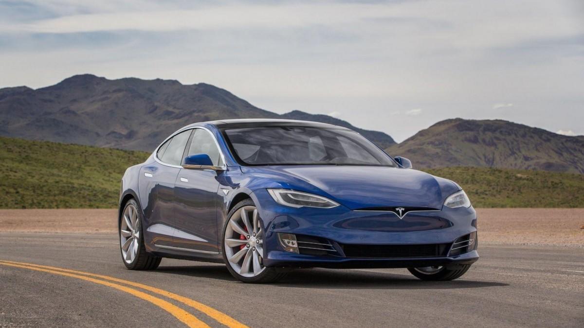 Tesla Model S Plaid, o cuando la competencia es sana