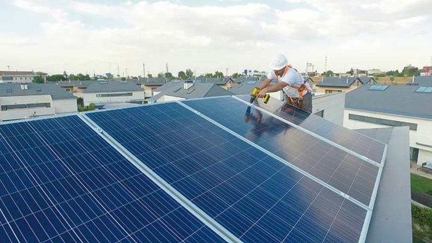 Redexis entra en el mercado de la energía solar de autoconsumo