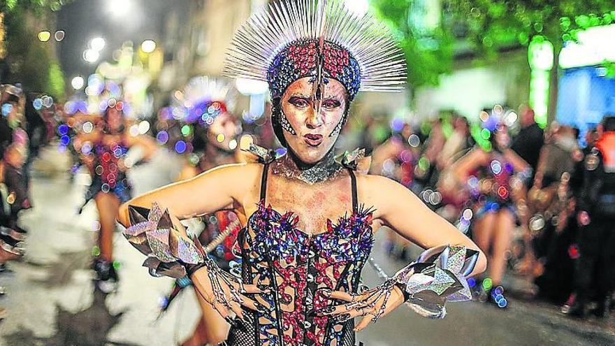Más de 35 comparsas desfilarán en el concurso de Carnaval 2018