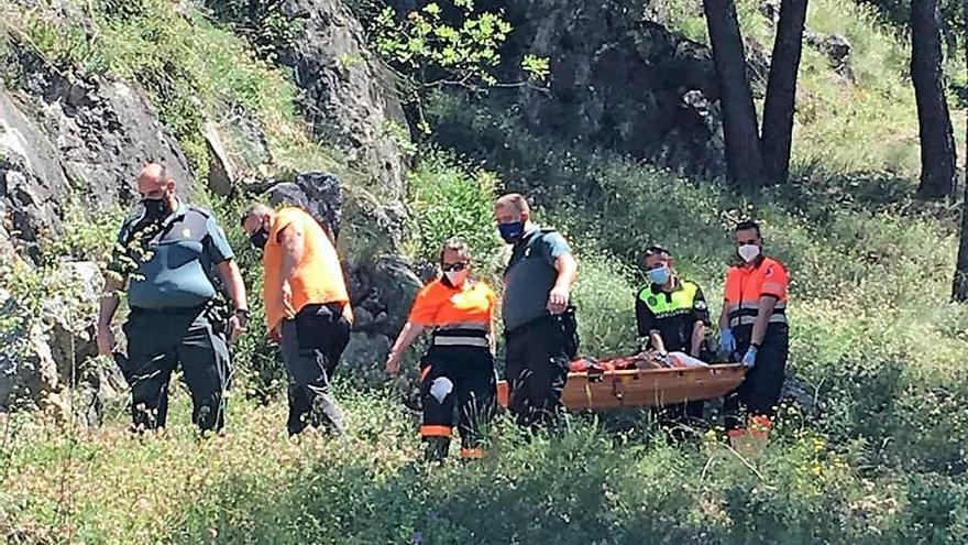 Rescatada una excursionista malagueña accidentada en la Sierra de Rute