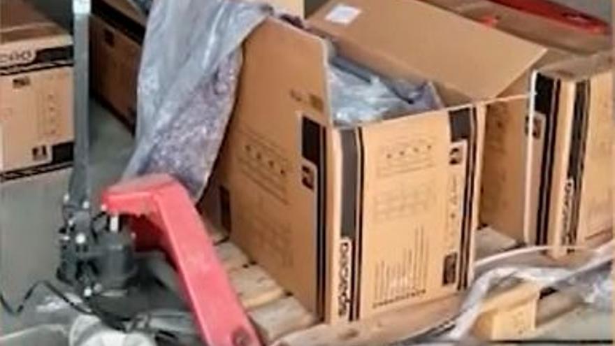 Cinco detenidos en Alhaurín de la Torre y Fuengirola por enviar a Francia hachís en muebles de jardín