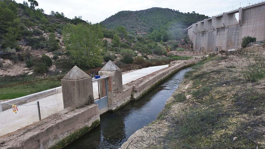 La obra para poder almacenar  más agua en la presa de Algar costará casi un millón de euros