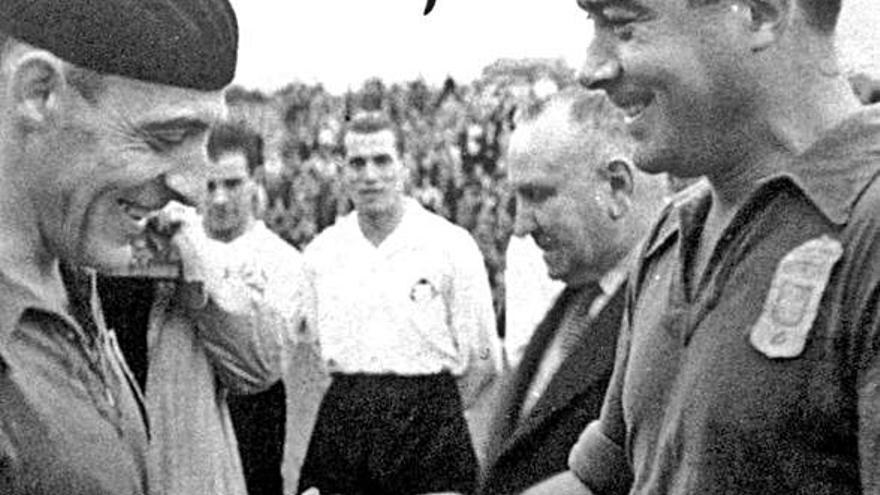 Cuando el Oviedo le metió nueve goles al Sabadell con la tercera delantera eléctrica
