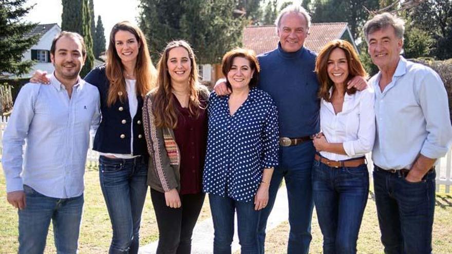 Bertín Osborne reúne al elenco de 'Médico de familia'