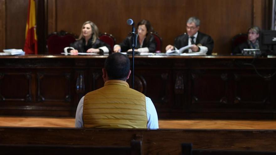 El fiscal mantiene su petición de 5 años de cárcel para un acusado de abusar de una menor