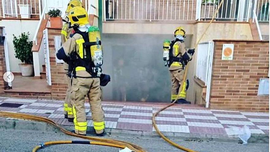 Apareix marihuana en un foc en una casa a Llagostera