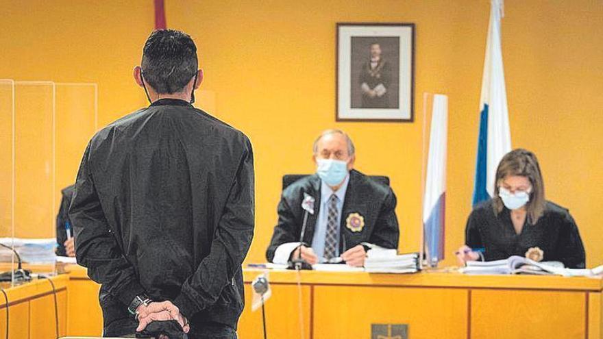 Dos años de cárcel a un tinerfeño por 'odio racista'