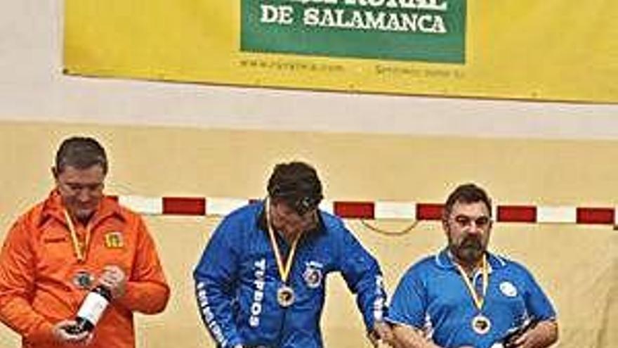 Medalla de bronce para el CD Los Valles de la mano de su arquero Antonio Vega